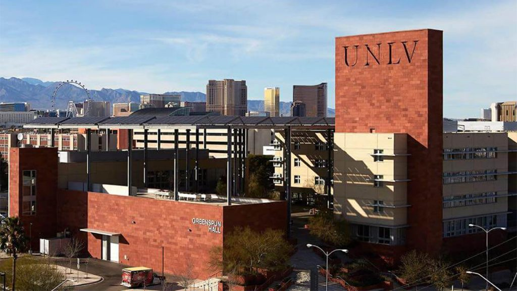 COVID-19 spike forcing UNLV to shift 80 percent online instructione
